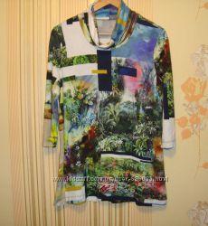 Трикотажный свитерок красивый принт