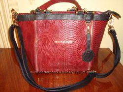 Стильная вместительная сумка Michael Kors