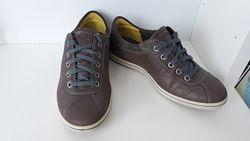 Ботинки, туфли ф-мы  Ecco р.36 состояние новых