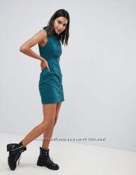 Эксклюзивное зелёное вельветовое платье без рукавов на пуговицах от boohoo