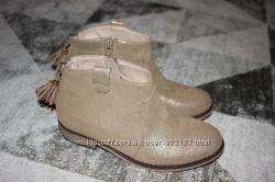 Стильные демисезонные ботинки Evie Angel размер 2 на 34 21, 7 см по стельке
