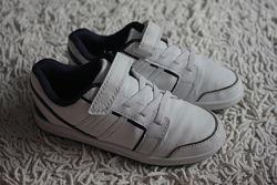 Белые кроссовки на липучках F&F размер 13 на 32