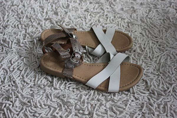 Босоножки сандалии для девочки George размер 31