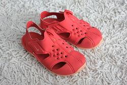 Аквашузы, босоножки, закрытые сандалии Nike Sunray Protect 2 размер 26