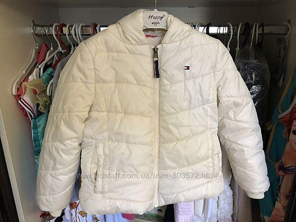 Куртка Tommy Hilfiger для девочки в отличном состоянии