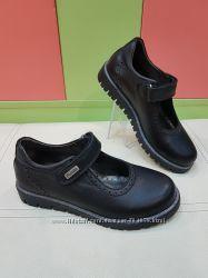 Школьные кожаные туфли Panda 020