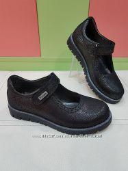 Школьные кожаные туфли panda 016