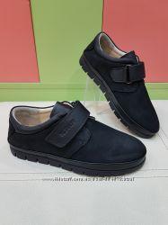 Школьные кожаные туфли K. Pafi 4-56