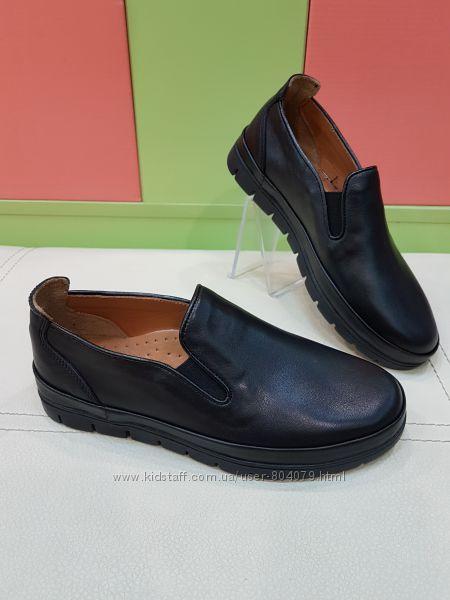 Школьные кожаные туфли Polipeys P-358