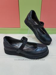 Школьные кожаные туфли K. Pafi 260-02