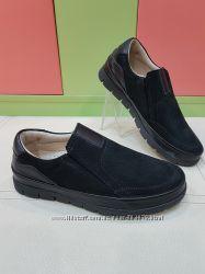 Школьные кожаные туфли Polipeys 144-8