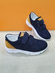Кожаные кроссовки K. Pafi 31-36р 19-20