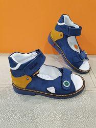 Кожаные сандали Tutubi 26-30р Ортопед 210-08