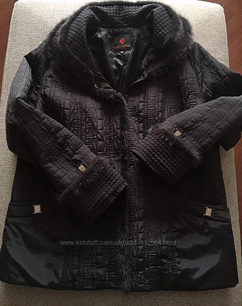 Утепленная куртка благородного темно  фиолетового цвета отделка норкой