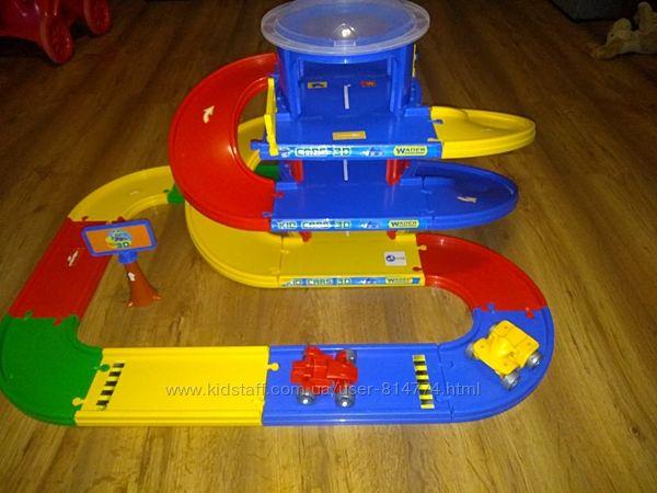 Трек паркинг 4, 6 м Kid Cars 3D Wader 53040
