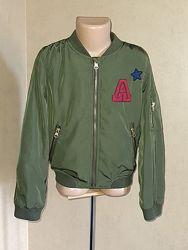 Ветровка, бомбер, куртка на 8 лет  защитного цвета