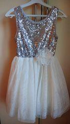 Платье нарядное с 3 до 5 лет