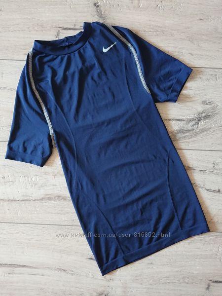 Футболка Найк Nike team seamless sans couture размер С детская