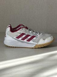 Кроссовки 35 р. Adidas