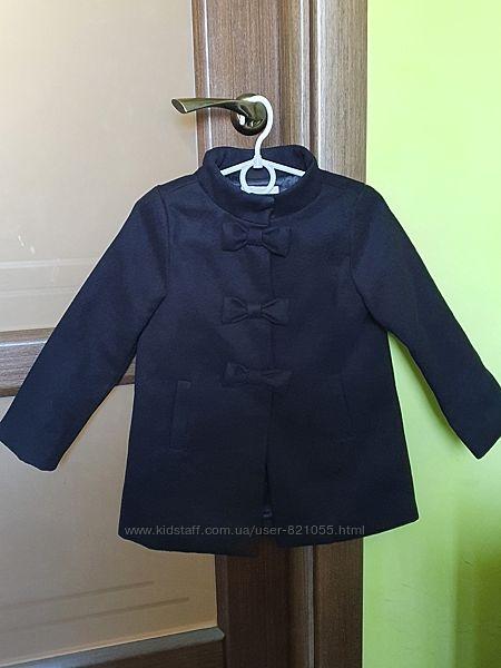 Пальто на девочку от Gymboree на 3-5 лет р-р XS. Полномерное. Сост. идеал.