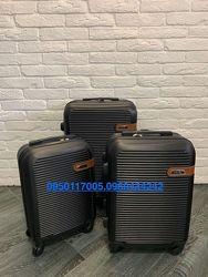 Качественные итальянские чемоданы Ormi. 10 цветов в наличии