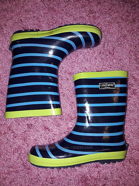 Яркие и красивые резиновые сапоги 35 размер