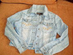 Джинсовый светлый пиджак, размер S