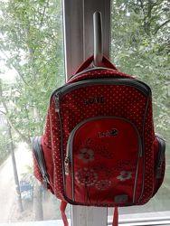 Рюкзак для девочки в хорошем состоянии фирма Zibi