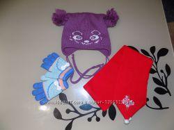 Комплект вещей, шапка зимняя, перчатки зимние, шарф, на 5-6 лет