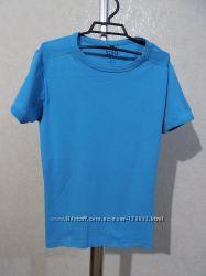 Футболка голубая фирменная размер 48-50
