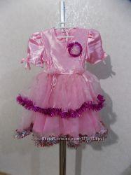 Платье нарядное пышное новогоднее розовое на 3-4 года