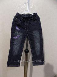 Джинсы с вышивкой и стразамина 3-4 года на рост 98-104 см