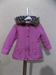 Куртка на синтепоне с капюшоном розовая на рост 92-98 см на 2-3 года