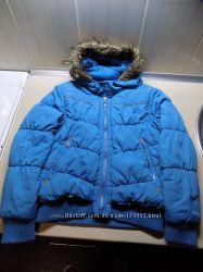 Куртка весна-осень на синтепоне с капюшоном голубая на рост 140 см