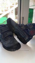 Демисезонные ботинки Geox  27 размер