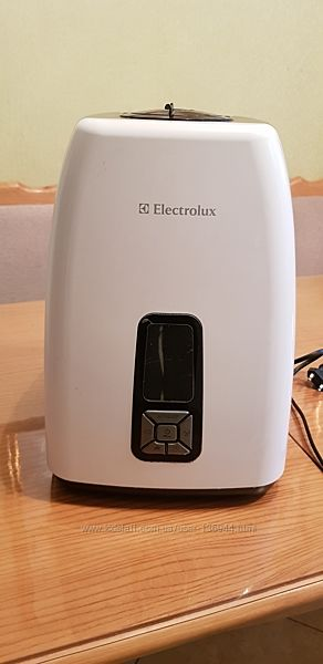 Зволожувач повітря Electrolux