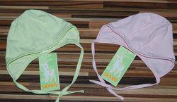 Шапочки, чепчики, носочки, пинетки, боди для малышей