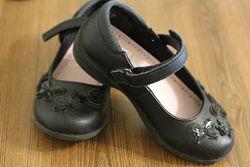 Продам школьные туфли F&F, 18 см, размер 10
