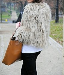 Деми шубка Zara