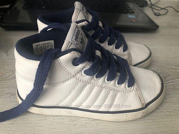 Белый кеды Adidas