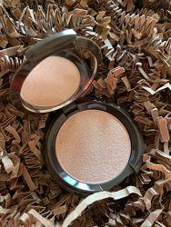 Хайлайтер Becca Shimmering Skin Perfector 2.4 грамма
