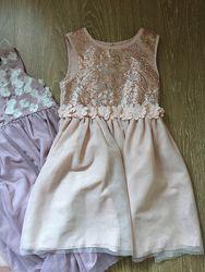 Платье нарядное 5-6лет