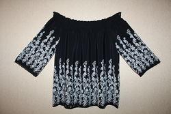 Красивая нарядная блуза F&F