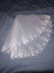 Фата свадебная с вышивкой белая м37