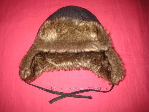 Теплая меховая шапочка H&M на 6-9 мес.