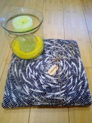 Красивый коврик ручной работы