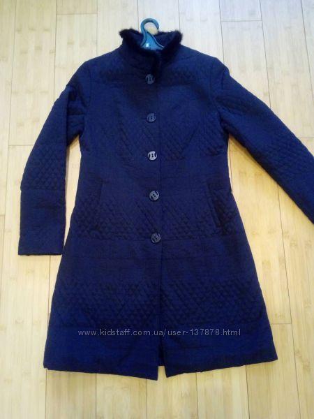 Красивое женское стёганое пальто на весну  осень.