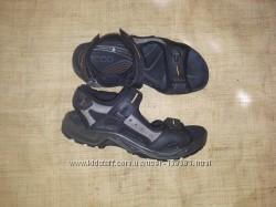 41-265-27 Ecco унисекс сандали на широкую 27 вся с загибом, углубление на