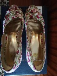 Летние туфли H&M цветочный принт на платформе 38 р