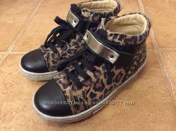 Ботинки Chicco размер 30 в идеальном состоянии